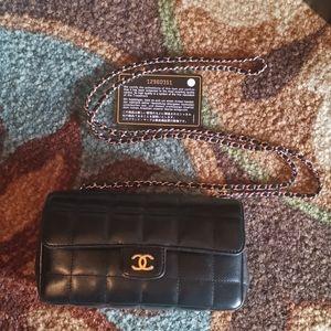 Beautiful Chanel Mini Chain Crossbody Purse
